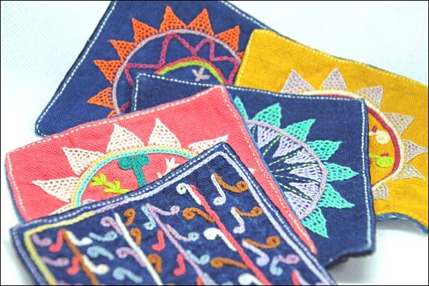 刺繍のコースター(ランテン)