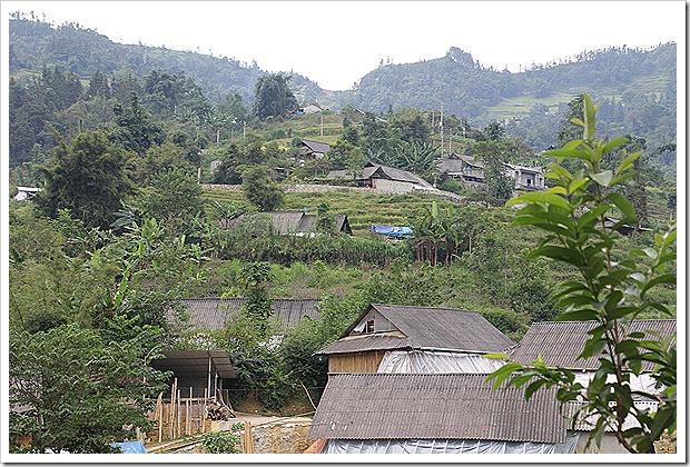 花モン族のバンフォー村